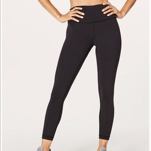 Black Lululemon Yoga Pants